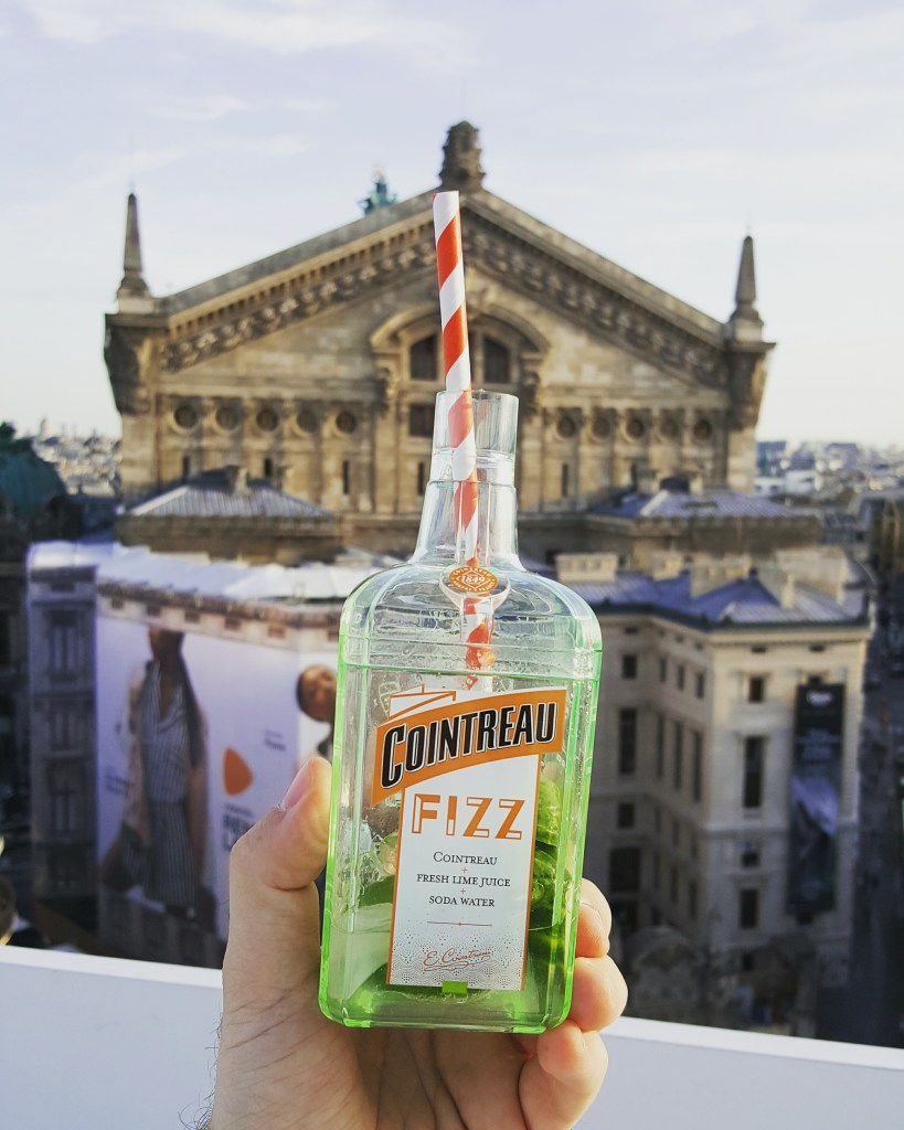 LA TOURNEE BY COINTREAU FIZZ // THE PLACE TO BE CET ETE !