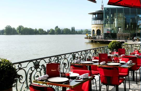 La nouvelle Brasserie FOUQUET'S à Enghien-les-Bains ,  une brasserie les pieds dans l'eau à moins de 30 minutes de Paris