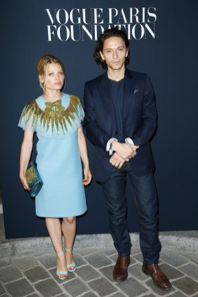 PARIS, FRANCE - JULY 04: (L-R) Melanie Thierry and Raphael attend the Vogue Foundation Dinner during Paris Fashion Week as part of Haute Couture Fall/Winter 2017-2018 at Musee Galliera on July 4, 2017 in Paris, France. (Photo by Julien Hekimian/Getty Images for Vogue) *** Local Caption *** Melanie Thierry;Raphael