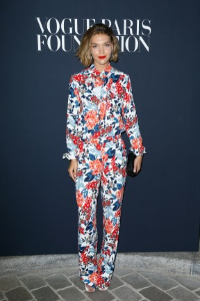 PARIS, FRANCE - JULY 04: Arizona Muse attends the Vogue Foundation Dinner during Paris Fashion Week as part of Haute Couture Fall/Winter 2017-2018 at Musee Galliera on July 4, 2017 in Paris, France. (Photo by Julien Hekimian/Getty Images for Vogue) *** Local Caption *** Arizona Muse
