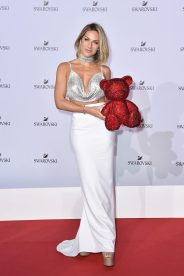 MILAN, ITALY - SEPTEMBER 20: Giovanna Ewbank attends Swarovski Crystal Wonderland Party on September 20, 2017 in Milan, Italy. (Photo by Jacopo Raule/Getty Images for Swarovski) *** Local Caption *** Giovanna Ewbank