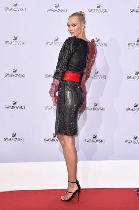 MILAN, ITALY - SEPTEMBER 20: Karlie Kloss attends Swarovski Crystal Wonderland Party on September 20, 2017 in Milan, Italy. (Photo by Jacopo Raule/Getty Images for Swarovski) *** Local Caption *** Karlie Kloss