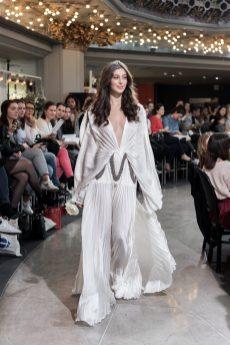 Look 44 - Robe Isabel Zapardiez 7 840€ Chez Maria Luisa Mariage au Printemps