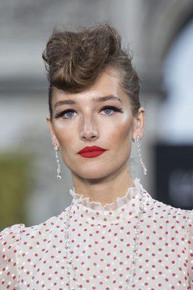 A model wearing Chopard High Jewellery (3)