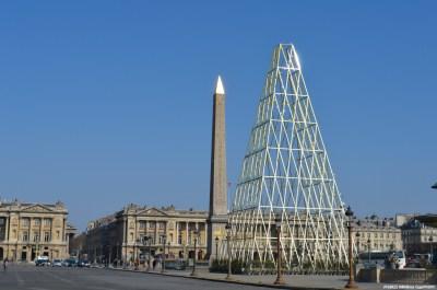A golden pyramid on La Concorde
