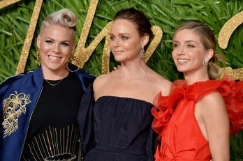 LONDON, ENGLAND - DECEMBER 04: (L-R) Pink, Stella McCartney and Annabelle Wallis attend The Fashion Awards 2017 in partnership with Swarovski at Royal Albert Hall on December 4, 2017 in London, England. (Photo by Jeff Spicer/BFC/Getty Images)