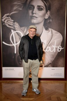 PARIS, FRANCE - JANUARY 24: Peter Lindbergh attends the Cocktail & Dinner for the new Pomellato campaign launch with Chiara Ferragni as part of Paris Fashion Week during Haute-Couture Spring/Summer 2018 at Ambassade d'Italie on January 24, 2018 in Paris, France. (Photo by Venturelli/Getty Images for Pomellato)