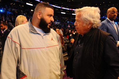 LOS ANGELES, CA - FEBRUARY 18: DJ Khaled and Robert Frank talk during the NBA All-Star Game as a part of 2018 NBA All-Star Weekend at STAPLES Center on February 18, 2018 in Los Angeles, California. NOTE TO USER: User expressly acknowledges and agrees that, by downloading and/or using this photograph, user is consenting to the terms and conditions of the Getty Images License Agreement. Mandatory Copyright Notice: Copyright 2018 NBAE (Photo by Juan Ocampo/NBAE via Getty Images)