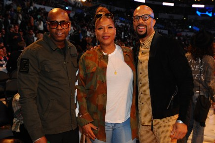 LOS ANGELES, CA - FEBRUARY 18: Dave Chappelle, Queen Latifah and Common attend the NBA All-Star Game as a part of 2018 NBA All-Star Weekend at STAPLES Center on February 18, 2018 in Los Angeles, California. NOTE TO USER: User expressly acknowledges and agrees that, by downloading and/or using this photograph, user is consenting to the terms and conditions of the Getty Images License Agreement. Mandatory Copyright Notice: Copyright 2018 NBAE (Photo by Juan Ocampo/NBAE via Getty Images)