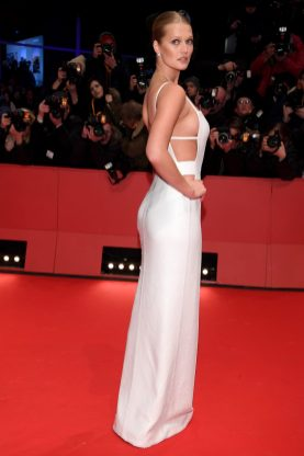 BERLIN, GERMANY - FEBRUARY 15: Toni Garrn attends the Opening Ceremony & 'Isle of Dogs' premiere during the 68th Berlinale International Film Festival Berlin at Berlinale Palace on February 15, 2018 in Berlin, Germany. (Photo by Dominique Charriau/WireImage)