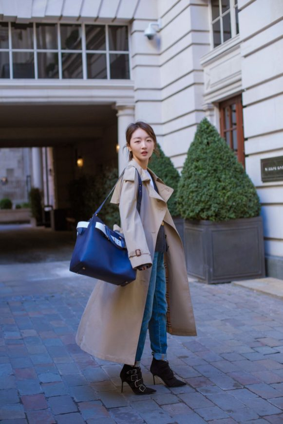 Zhou Dongyu carrying the Burberry Belt Bag in London, 18 February 2018