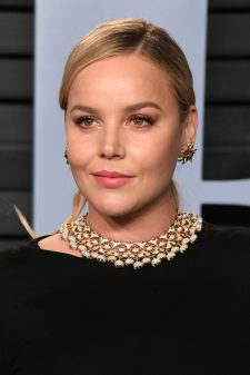 BEVERLY HILLS, CA - MARCH 04: Abbie Cornish attends the 2018 Vanity Fair Oscar Party hosted by Radhika Jones at Wallis Annenberg Center for the Performing Arts on March 4, 2018 in Beverly Hills, California. (Photo by Jon Kopaloff/WireImage)