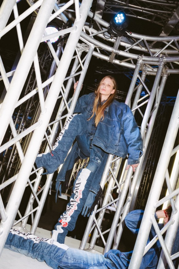 DIESEL RED TAG PROJECT BY SHAYNE OLIVER_photo Matthieu Lemaire_Courapied_6