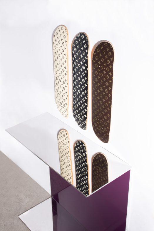 Supreme, Set de 3 planches de skateboard Recalled Monogram, 2001 ©Artcurial