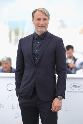 """CANNES, FRANCE - MAY 10: Actor Mads Mikkelsen attends the photocall for """"Arctic"""" during the 71st annual Cannes Film Festival at Palais des Festivals on May 10, 2018 in Cannes, France. (Photo by Andreas Rentz/Getty Images)"""