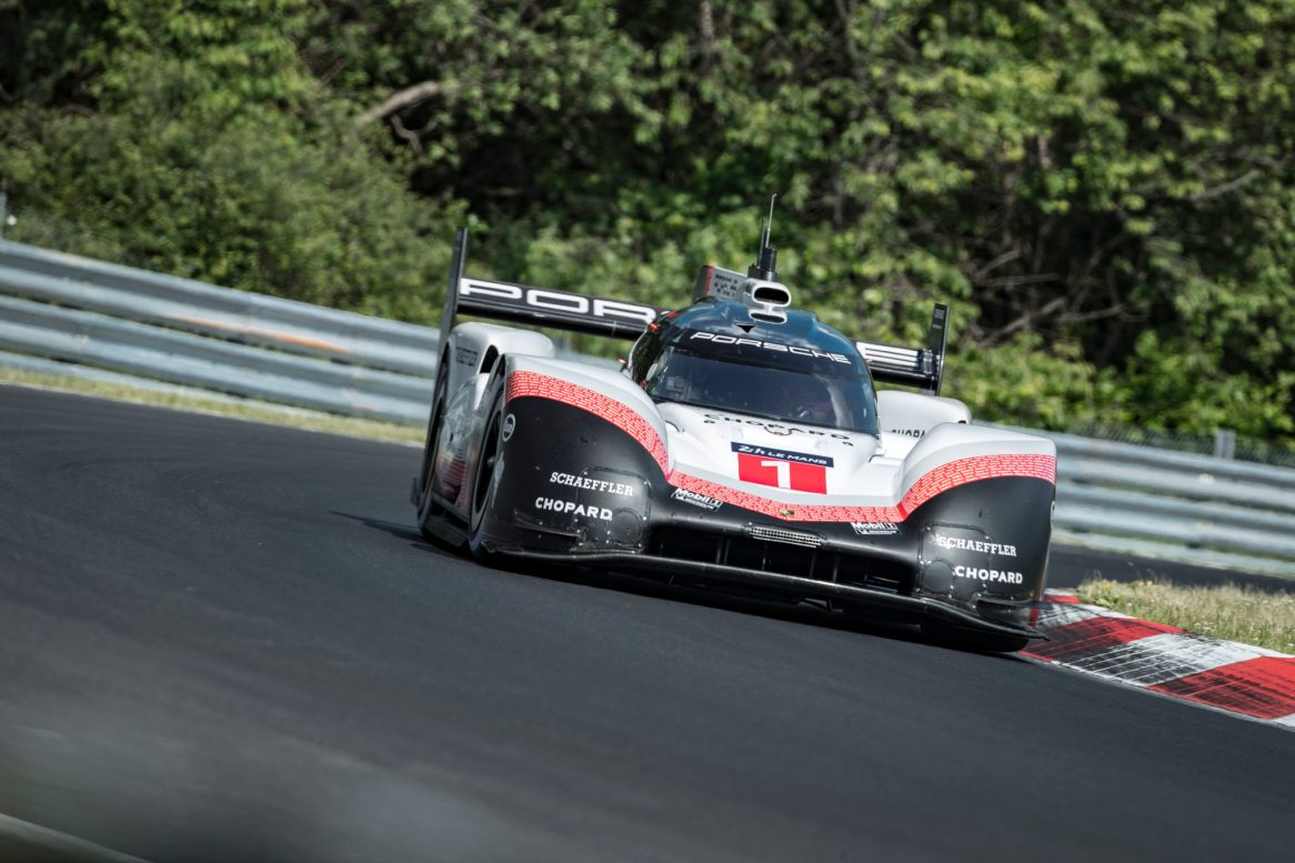 Best time on the NÅrburgring-Nordschleife Timo Bernhard beats 6-minute mark (7)