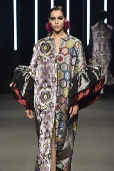 061_Kristy-Sparow_Yumi-Katsura_Haute-Couture-FW18-19