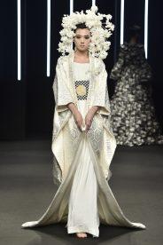 090_Kristy-Sparow_Yumi-Katsura_Haute-Couture-FW18-19