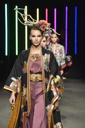 098_Kristy-Sparow_Yumi-Katsura_Haute-Couture-FW18-19