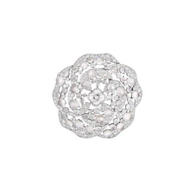 Quintessence-Moonstone-brooch-J63650