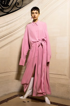 Christian_Wijnants_AW19_Backstage_Images_Lennert_Maddou_05