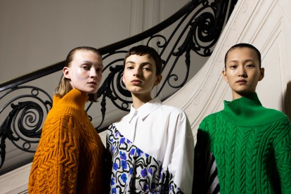 Christian_Wijnants_AW19_Backstage_Images_Lennert_Maddou_55