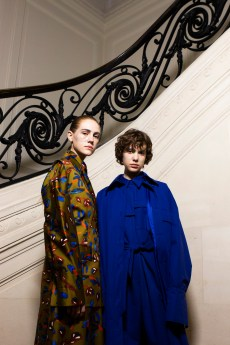 Christian_Wijnants_AW19_Backstage_Images_Lennert_Maddou_61