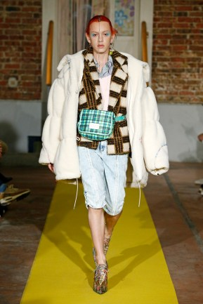 Neith Nyer_ RTW fall winter 2019-20 _ PARIS February March 2019_