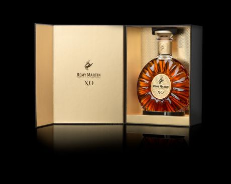 Medium-Remy Martin-Bottle-RemyM2_BottlePack_BK