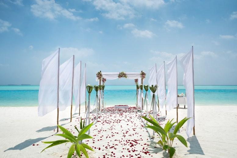 Anantara Kihavah - Ocean Ceremony Wedding