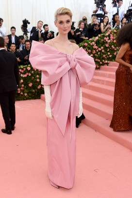 NEW YORK, NEW YORK - MAY 06: Elizabeth Debicki attends The 2019 Met Gala Celebrating Camp: Notes on Fashion at Metropolitan Museum of Art on May 06, 2019 in New York City. (Photo by Jamie McCarthy/Getty Images)
