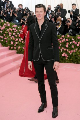 NEW YORK, NEW YORK - MAY 06: Shawn Mendes attends The 2019 Met Gala Celebrating Camp: Notes on Fashion at Metropolitan Museum of Art on May 06, 2019 in New York City. (Photo by Neilson Barnard/Getty Images)