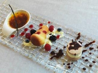 RFH Hotel de Russie - FOOD DETAIL - Rum Baba Creme Brulee