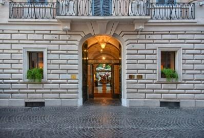 RFH Hotel de Russie - Facade