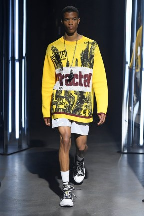 System SS20 look 6