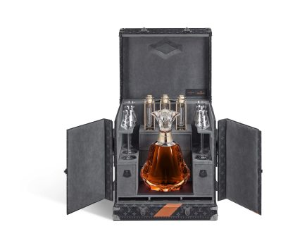 hennessy-paradis-imperial-malle-nomade-louis-vuitton