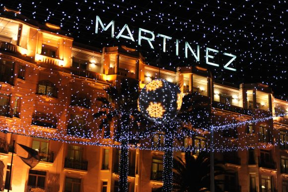 Hotel Martinez Facade durant les Fetes (2)