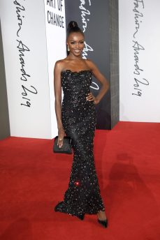LONDON, ENGLAND - DECEMBER 02: Leomie Anderson arrives at The Fashion Awards 2019 held at Royal Albert Hall on December 02, 2019 in London, England. (Photo by Antony Jones/BFC/Getty Images)