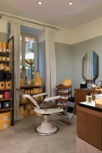 RFH Hotel de Russie - Aqua di Palma Barber Shop 0499 JG Dec 19