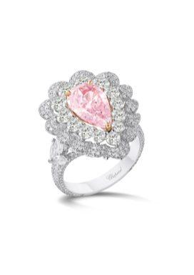 pear-shaped_24-carat_fancy_pink_diamond_and_fancy-cut_white_diamonds_335cts__2
