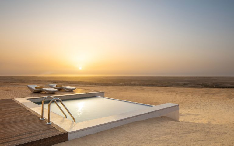 Anantara Tozeur One Bed Pool Villa - pool with view over Chott el Djerid