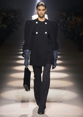 GIVENCHY_WOMEN_RTW_FW20_A4_8_HD