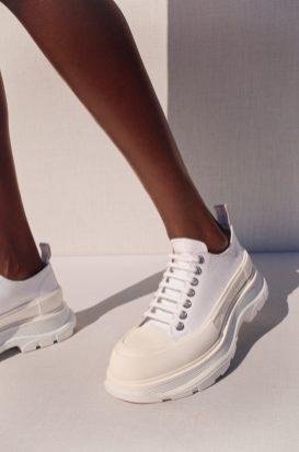 CHLOE LE DREZEN - LOW WHITE TREAD SLICK