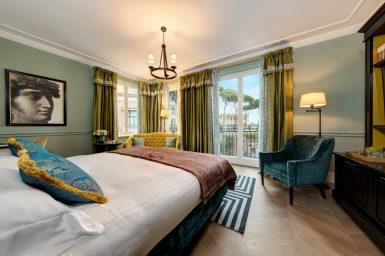 Hotel_de_la_Ville__Junior_Suite__Bedroom