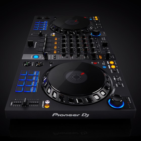 DDJ-FLX6-new-aesthetic-1053x1053-M