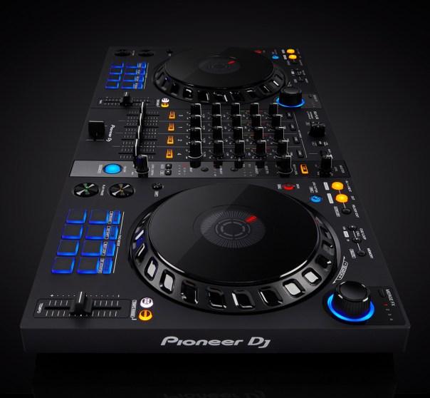 DDJ-FLX6-new-aesthetic-1082x1000_