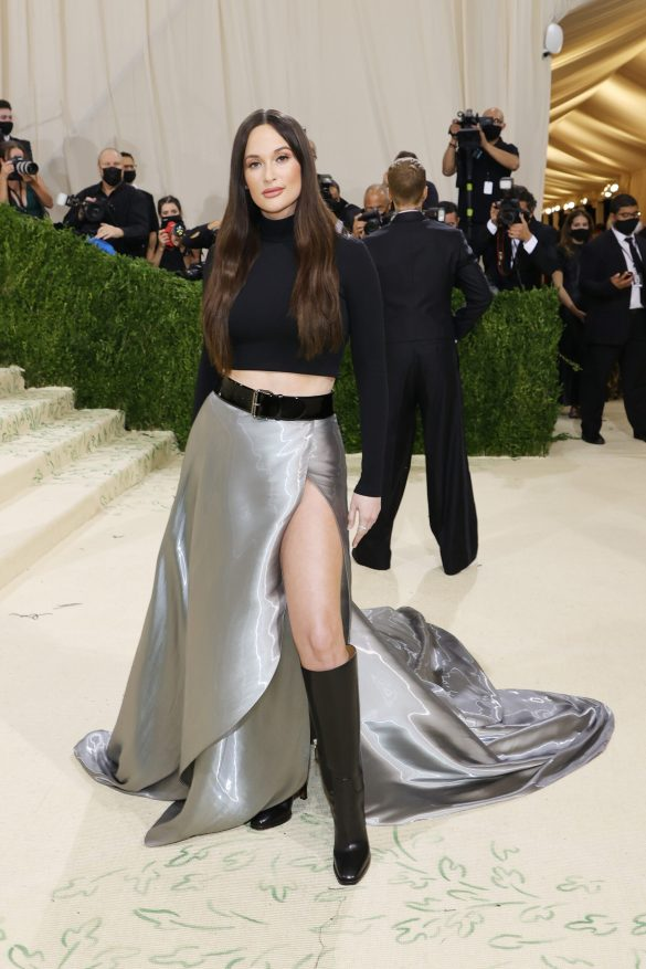 NEW YORK, NEW YORK - SEPTEMBER 13: Kacey Musgraves attends The 2021 Met Gala Celebrating In America: A Lexicon Of Fashion at Metropolitan Museum of Art on September 13, 2021 in New York City. (Photo by Mike Coppola/Getty Images)