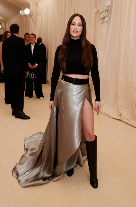 NEW YORK, NEW YORK - SEPTEMBER 13: Kacey Musgraves attends The 2021 Met Gala Celebrating In America: A Lexicon Of Fashion at Metropolitan Museum of Art on September 13, 2021 in New York City. (Photo by Arturo Holmes/MG21/Getty Images)