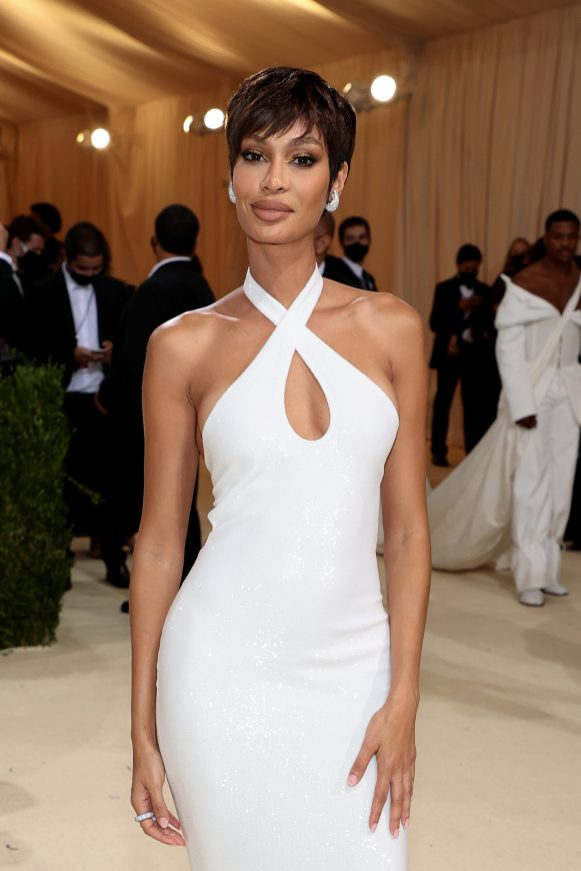 NEW YORK, NEW YORK - SEPTEMBER 13: Joan Smalls attends The 2021 Met Gala Celebrating In America: A Lexicon Of Fashion at Metropolitan Museum of Art on September 13, 2021 in New York City. (Photo by Dimitrios Kambouris/Getty Images for The Met Museum/Vogue )