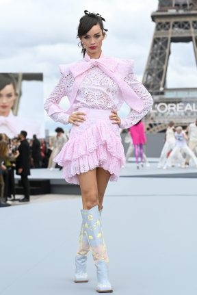 """PARIS, FRANCE - OCTOBER 03: Luma Grothe walks the runway during """"Le Defile L'Oreal Paris 2021"""" as part of Paris Fashion Week on October 03, 2021 in Paris, France. (Photo by Pascal Le Segretain/Getty Images For L'Oreal)"""
